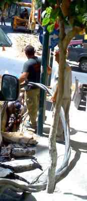 Αγιος Νικόλαος, Κεντρικός δρόμος, Επισκευή υπόγειου καλωδίου ΔΕΗ - 200907101518