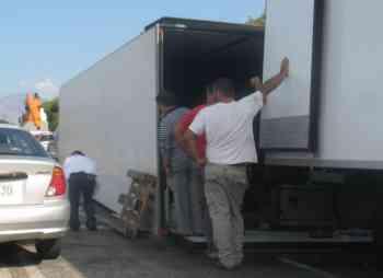 Ιστρον, Ανατροπή φορτηγού - 200909261554